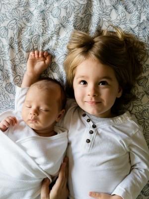 שניים מתחת לגיל שנתיים. צילום: pixabay