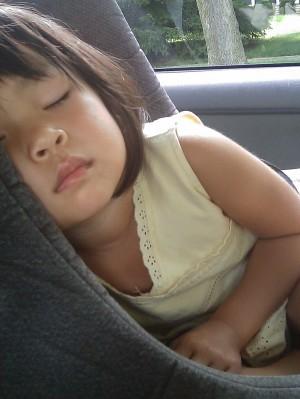 הילדה הזאת צריכה לדעת שהיא יכולה לישון בשלווה ברכב ושההורים שלה לעולם לא ישכחו אותה שם I צילום: pixbay