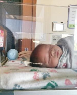 """15 דברים שלמדתי על לידה בחו""""ל"""